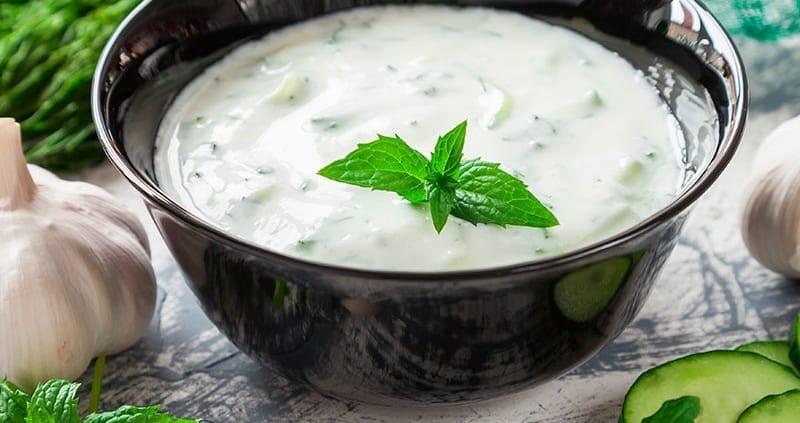 Tzatziki la salsa greca più famosa del mondo